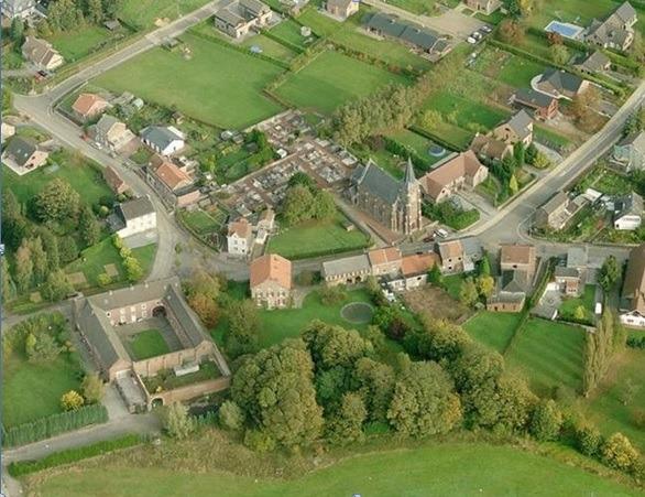 Vue aérienne d'un village
