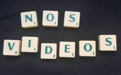 Nos videos écrit en lettre scrabble